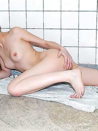 Adult Friend Finder Sex Pictures