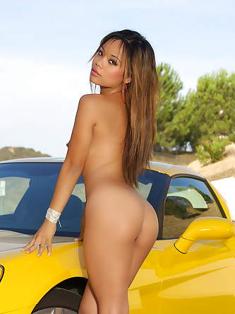 Pussy Miss Luana